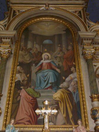 Particolare di dipinto dietro altare di una chiesa