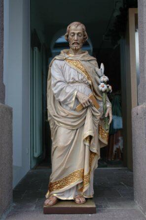 Immagine di San Giuseppe Lavoratore con giglio
